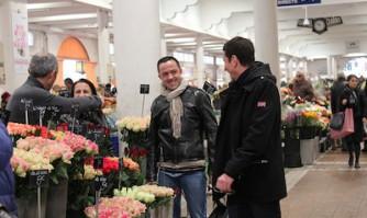 David Lisnard sur le terrain, au marché Forville