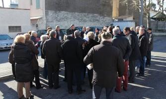 David Lisnard rencontre les habitants du quartier des Broussailles