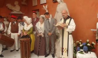 Tradition provençale : la Vierge de Forville bénie