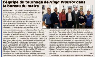 L'équipe du tournage de Ninja Warrior dans le bureau du Maire