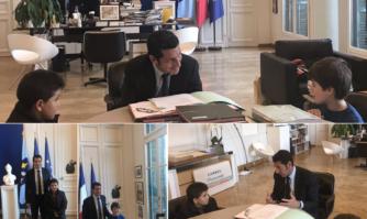 Nouveau moment de citoyenneté avec la réception de deux jeunes Cannois qui avaient fait part de leur intérêt pour les missions du Maire