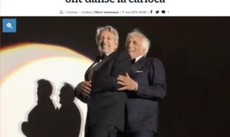 Festival des Cannois : youpi ! Chabat et Darmon ont dansé la carioca lors de la projection gratuite de la Cité de la Peur au Cinéma de la Plage du Festival de Cannes