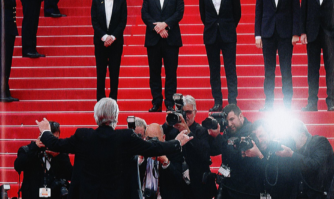 Le Festival de Cannes rend hommage à Alain Delon