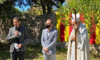 Tradition : les vieilles familles cannoises renouvellent le serment de leurs ancêtres aux moines de Lérins