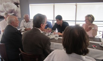 David Lisnard rencontre des habitants de Carnot