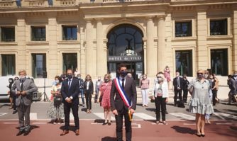 David Lisnard, élu maire de Cannes à l'unanimité