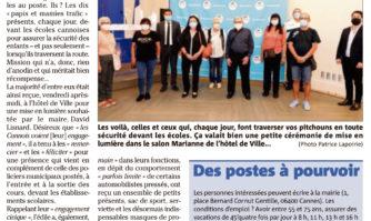 """Les """"papis et mamies trafic"""" de Cannes honorés en mairie"""