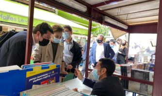 Culture : David Lisnard en séance de dédicace à Paris