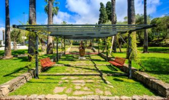 Cadre de vie : le square des Oliviers offre un nouvel écrin de verdure et de jeux